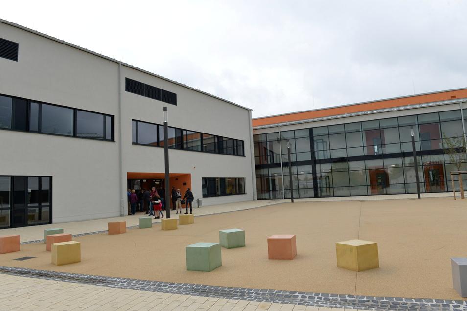 Der Eingangsbereich des Wilsdruffer Gymnasiums.