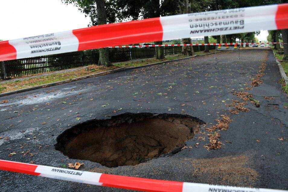 Im August vergangenen Jahres hatte sich in der Sonnenstraße ein tiefes Loch aufgetan.