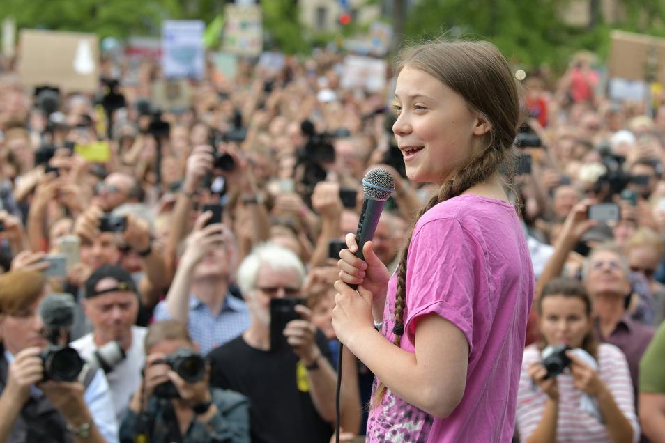 """Greta Thunberg  ist zum zweiten Mal bei der """"Fridays for Future""""-Demo in Berlin."""