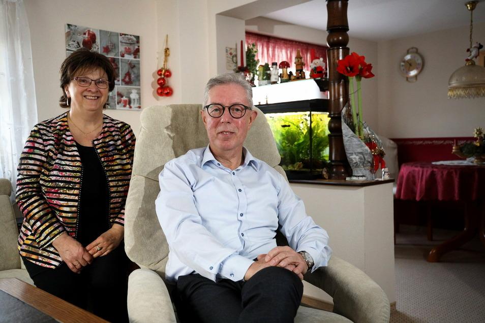 Viel Zeit zu zweit: Simone und Frank Seifert genießen die Ruhe und den Ruhestand in ihrem Haus in Staucha.