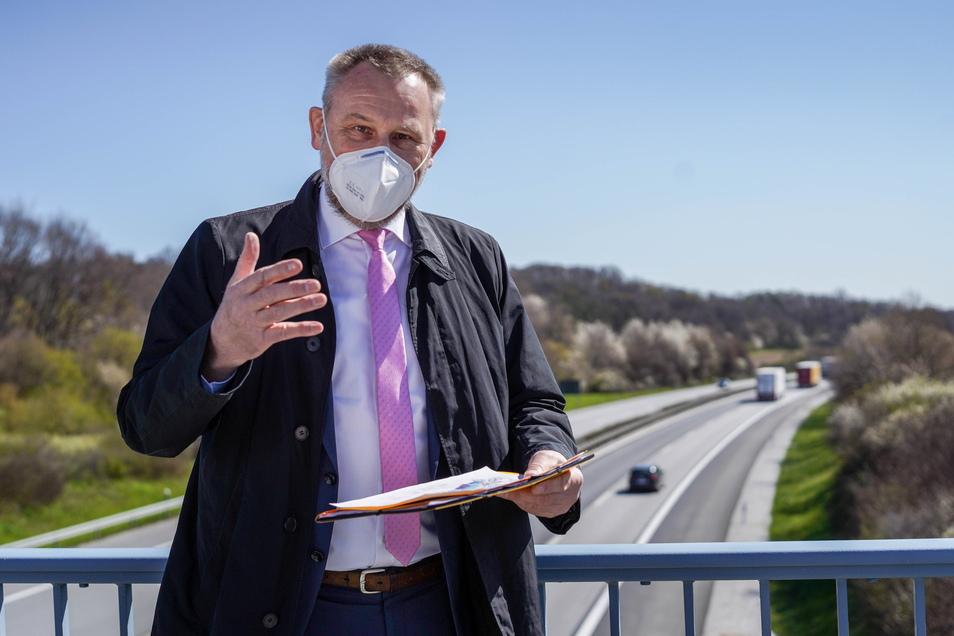 Es könne nicht sein, dass der Freistaat Infrastrukturprojekte des Bundes finanziert, findet der Bautzener CDU-Landtagsabgeordnete Marko Schiemann. Er fordert von der Bundesregierung ein Bekenntnis zu Autobahnausbau und Bahn-Elektrifizierung.