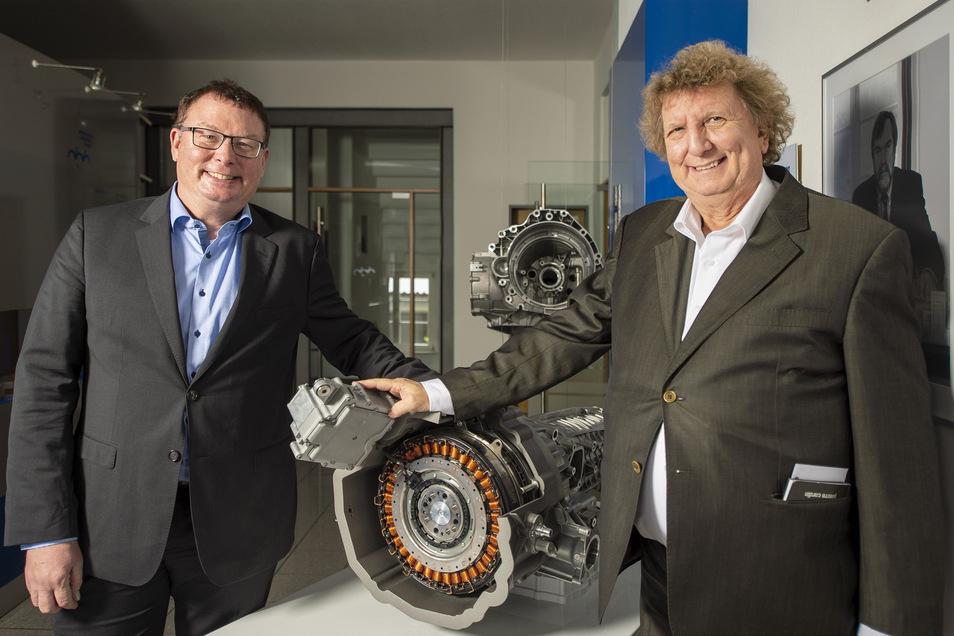 Ende Oktober vergangenen Jahres war Dr. Jürgen Bohn (r.) in Ruhestand gegangen und hatte die Geschäftsführung an Christoph Müller übergeben. Der muss mit Druckguss durch die Krise kommen und hat selbst einen Chef: den Insolvenzverwalter.