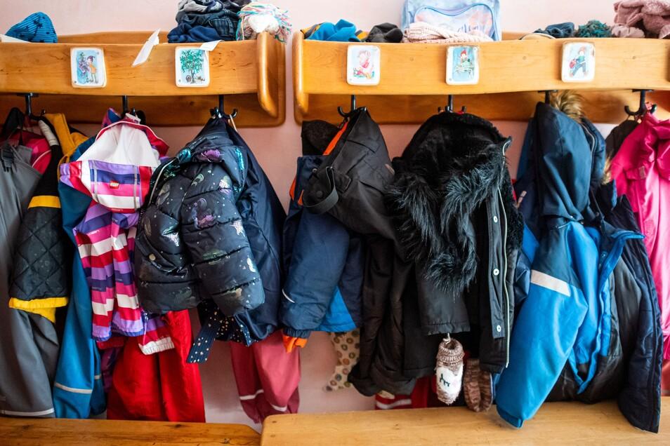 In Kitas herrscht seit Mitte Februar kein Notbetrieb mehr. Die Kinder kommen fast wie in normalen Zeiten. Coronatests müssen Erzieher aber trotz großer Teststrategie nicht machen.
