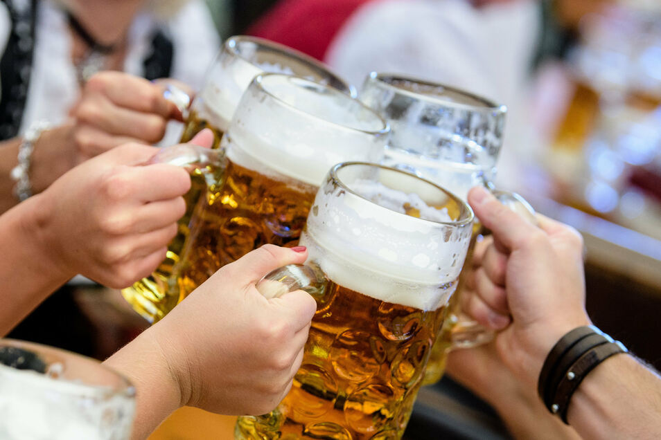 Die Menschen im Süden trinken gerne viel Bier.