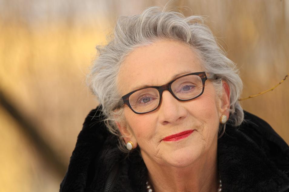 """""""Ich glaube nicht an ein langes Leben, sondern an ein schönes Leben!"""": Autorin Janine Berg-Peer macht vor, wie das geht."""