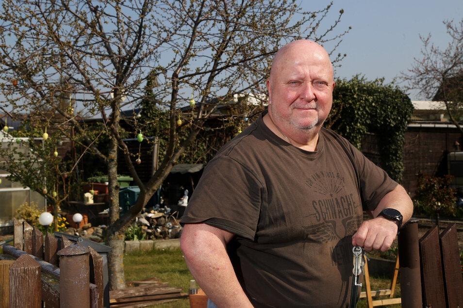 Schlüssel zu vergeben: Andreas Seifert ist Vorsitzender der Gartensparte, wo gut zehn Gärten noch zu haben sind.