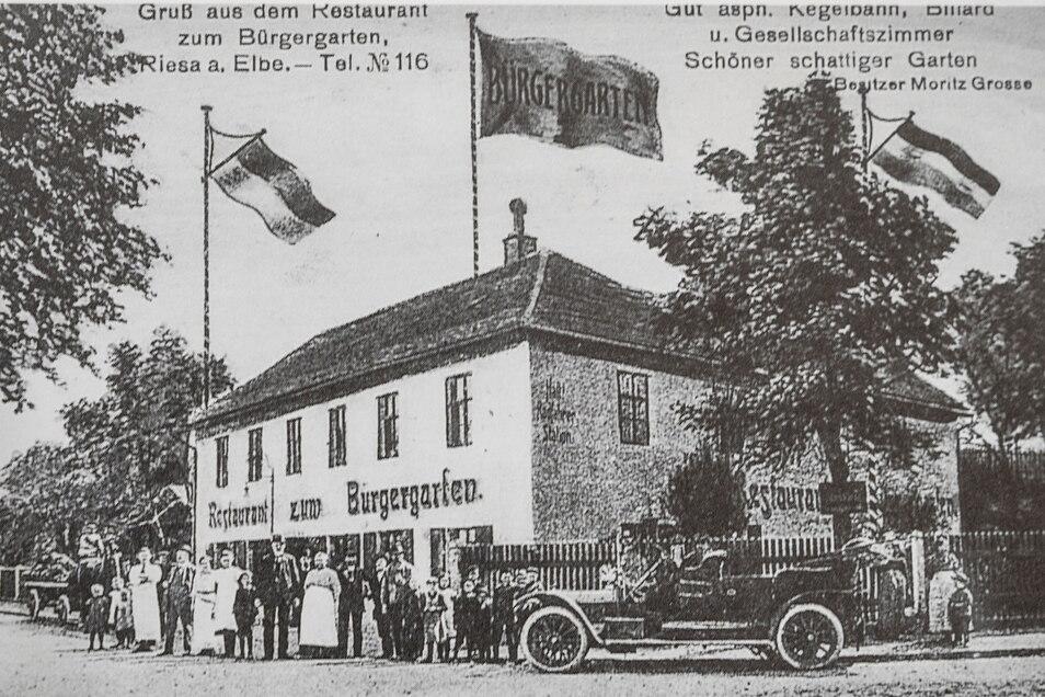 """Diese Postkarte vom """"Restaurant zum Bürgergarten"""" entstand vermutlich um 1930."""