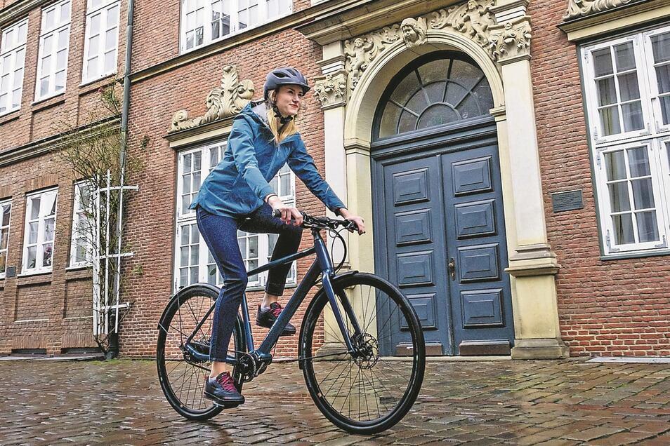 Gut versteckt: Manche E-Bikes sind als solche nicht mehr erkennbar. Der Motor sitzt in der Hinterradnabe, der Akku im Unterrohr. Per Knopfdruck wird gestartet. Funktionen werden aufs Smartphone übertragen