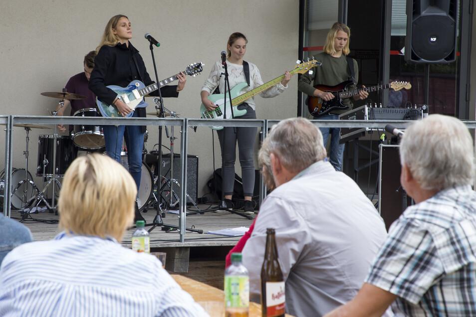 Am Vor-Ort-Programm beteiligte sich auch die Schülerband Perfect Mess von der Musikschule Wilsdruff.
