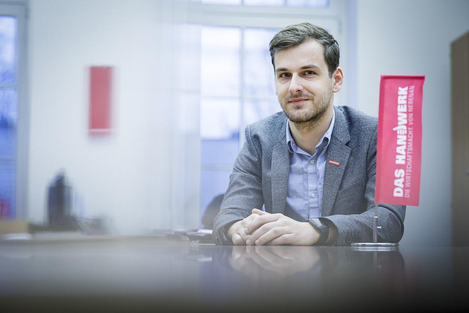 """Daniel Siegel ist Geschäftsführer der Kreishandwerkerschaft Görlitz und bewirbt sich beim Online-Voting von Germanys Power People 2021 um den Titel """"Mister Handwerk""""."""