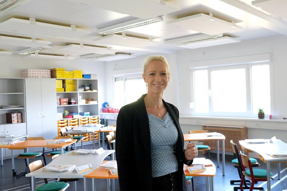 Schulleiterin Antje Buschmann an der Interimsschule der Questenbergschule an der Aritaschule.