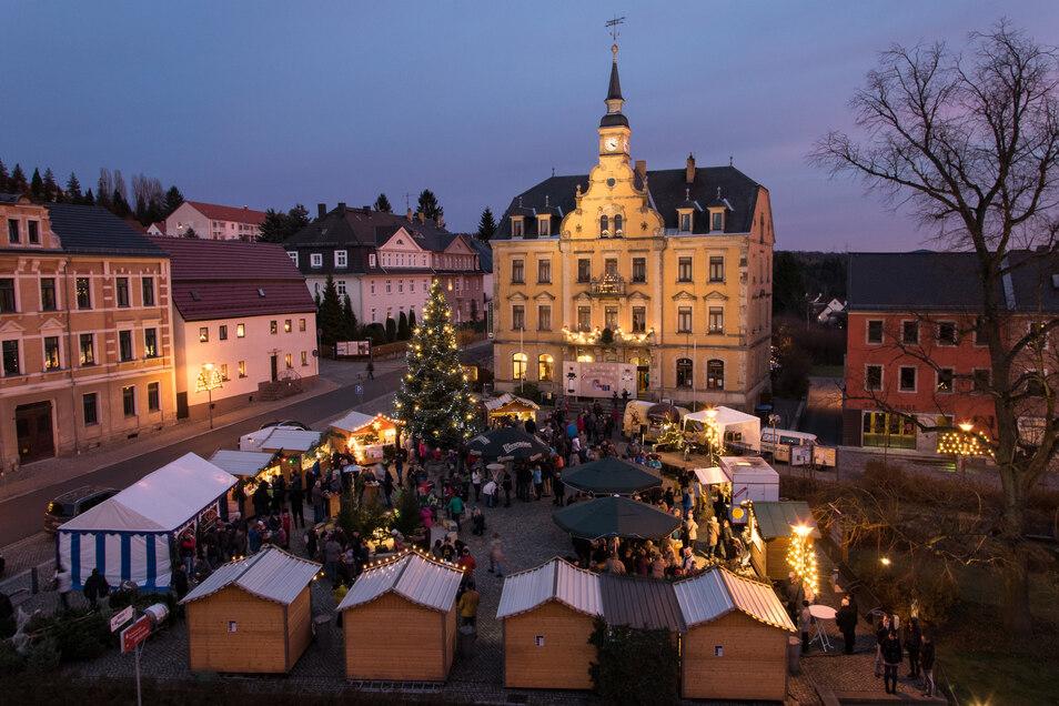 In Rabenau öffnet der Weihnachtsmarkt am zweiten Adventswochenende.