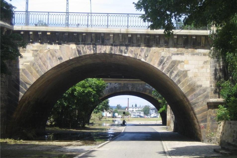 ... weiter bis zur Marienbrücke.
