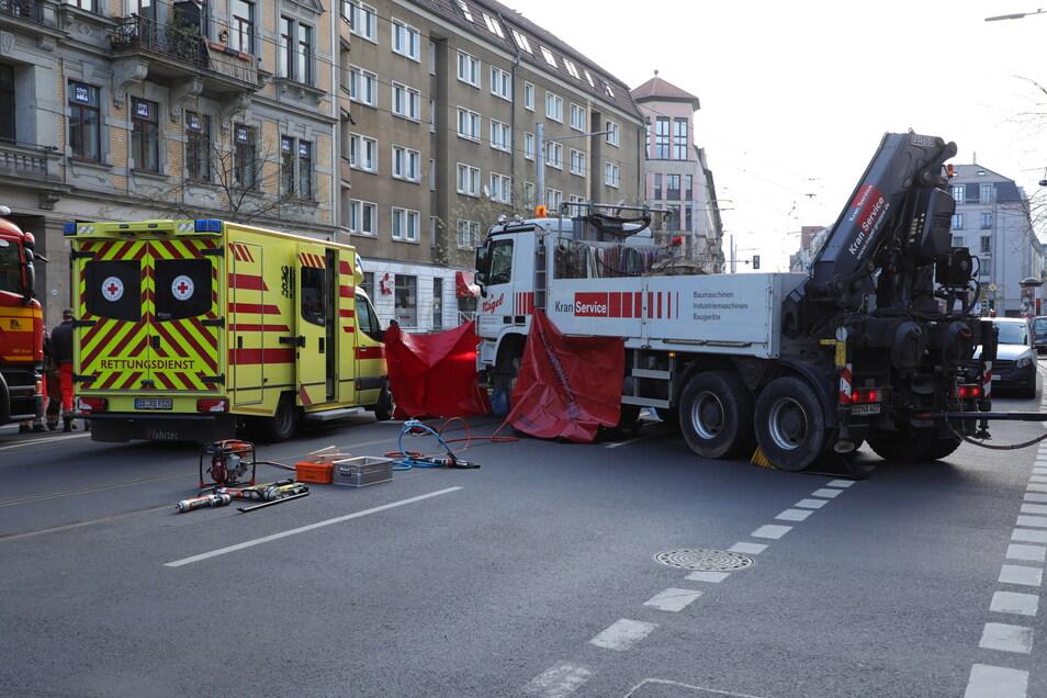 """Der Lkw kam aus der Weintraubenstraße und bog nach rechts auf die """"Bautzner"""" ab."""