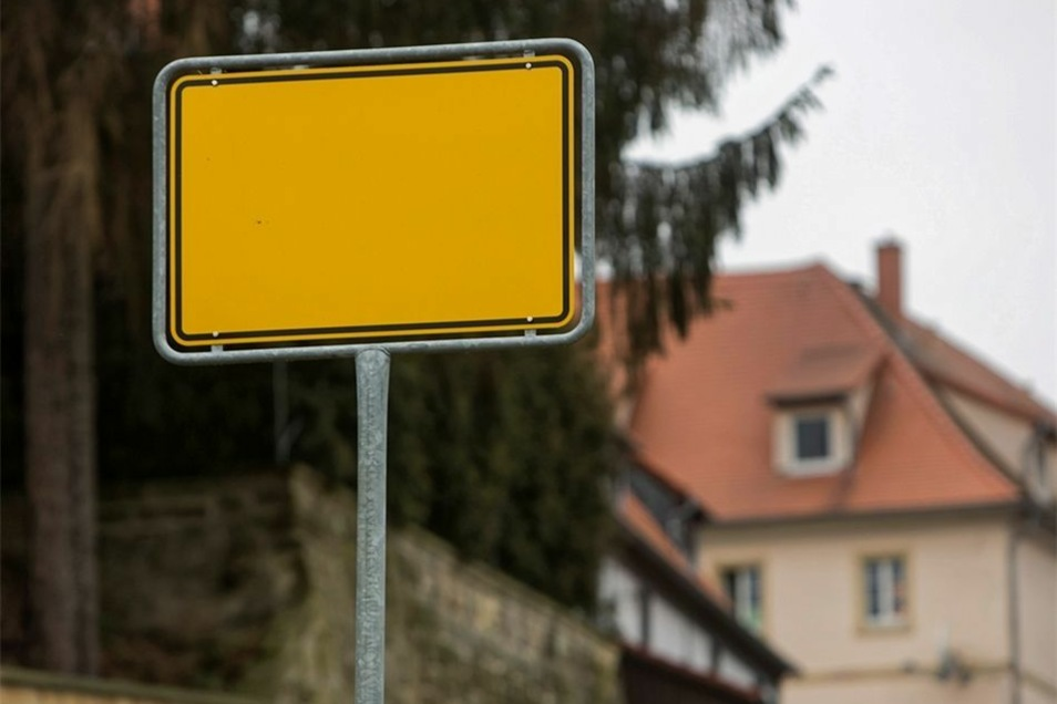 Bei dem Schild in Golberode ist der Fehler nicht zu übersehen.