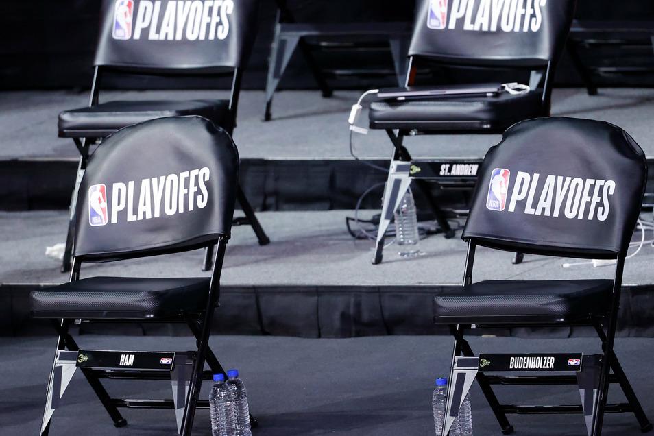 Die Stühle bleiben leer. Das Play-off-Spiel fällt aus.