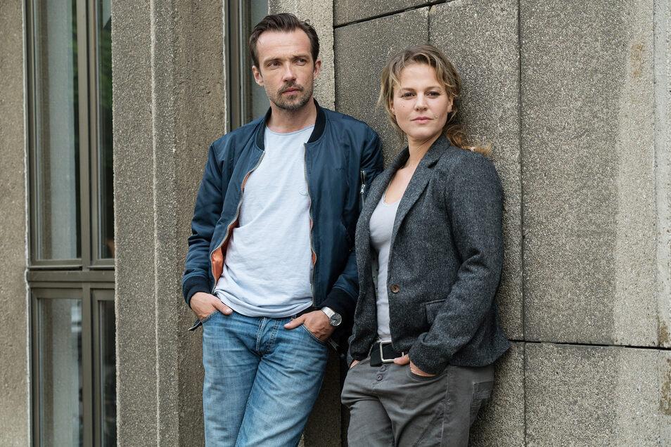 Kriminalhauptkommissarin Olga Lenski (Maria Simon, r) und Kriminalhauptkommissar Adam Raczek (Lucas Gregorowicz, l)