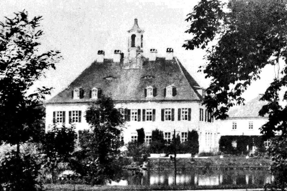 Das ursprüngliche zweigeschossige Schloss Lauterbach um das Jahr 1850.