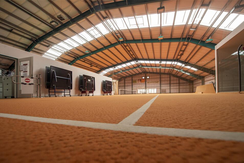 Kurse finden jetzt in der Badmintonhalle statt. Dort ist genügend Platz, um Abstand zu halten.