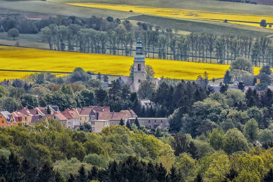 Blick auf die Kirche in Oberoderwiitz.