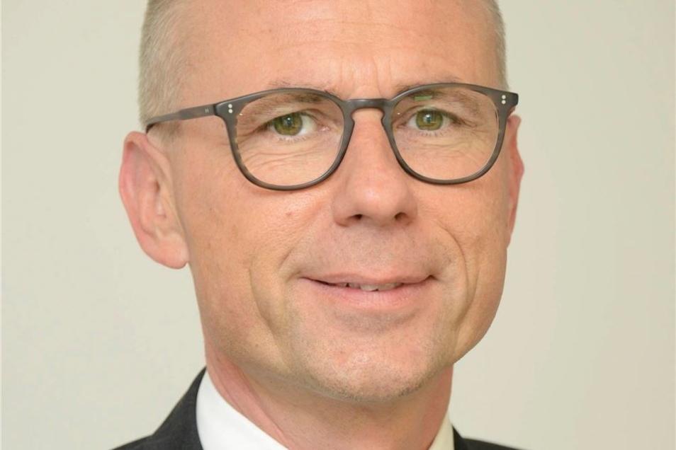 Heiko Weigel, Beigeordneter im Landratsamt Pirna, brachte einen Vorschlag ins Spiel, um das Verfahren zu beschleunigen.