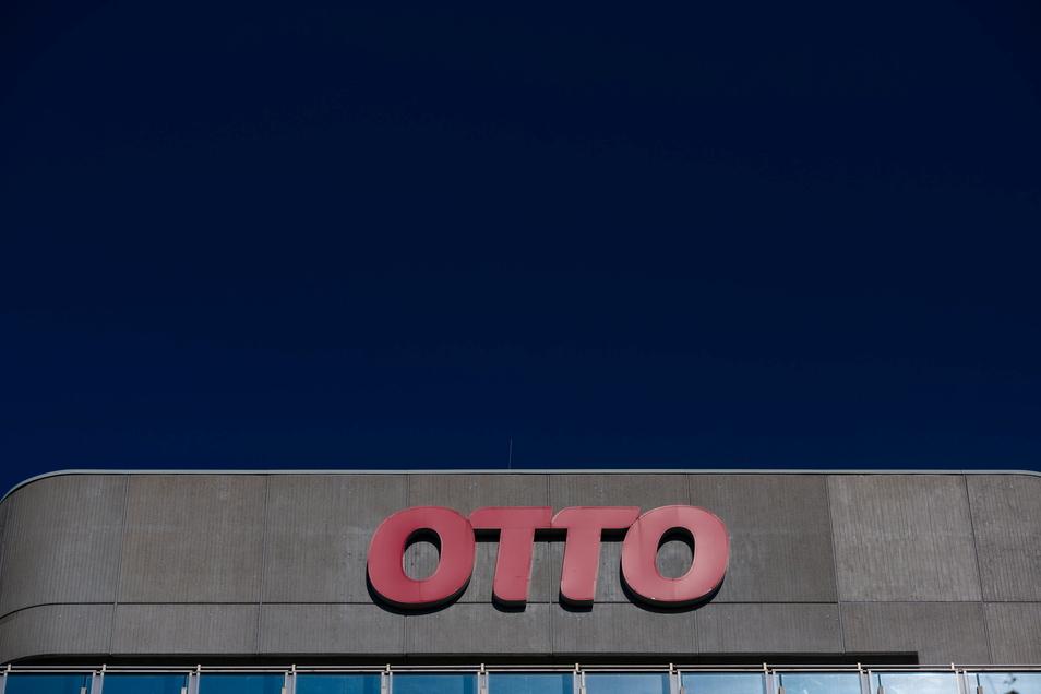 Otto ist der  größte deutschen Versandhändler  - und profitiert von der Pandemie