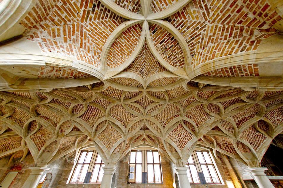 Blick auf das bereits wiederhergestellte Schlingrippengewölbe in der Schütz-Kapelle des Dresdner Residenzschlosses.