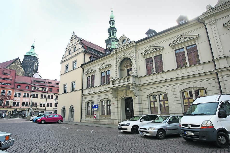 Am Dienstag wurden Pirnas Abgeordnete im Rathaus für die Amtszeit bis 2024 verpflichtet.