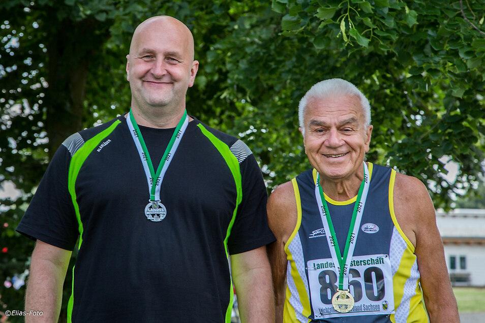 Kompletter Medaillensatz für den SC Hoyerswerda: Lutz Illing (links) mit Bronze und Silber, Horst Witschaß mit Gold – und das gleich doppelt.