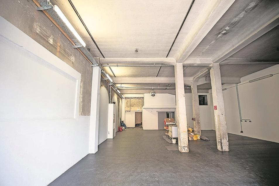Die ehemalige Fahrzeughalle dient als Konzert- und Proberaum.