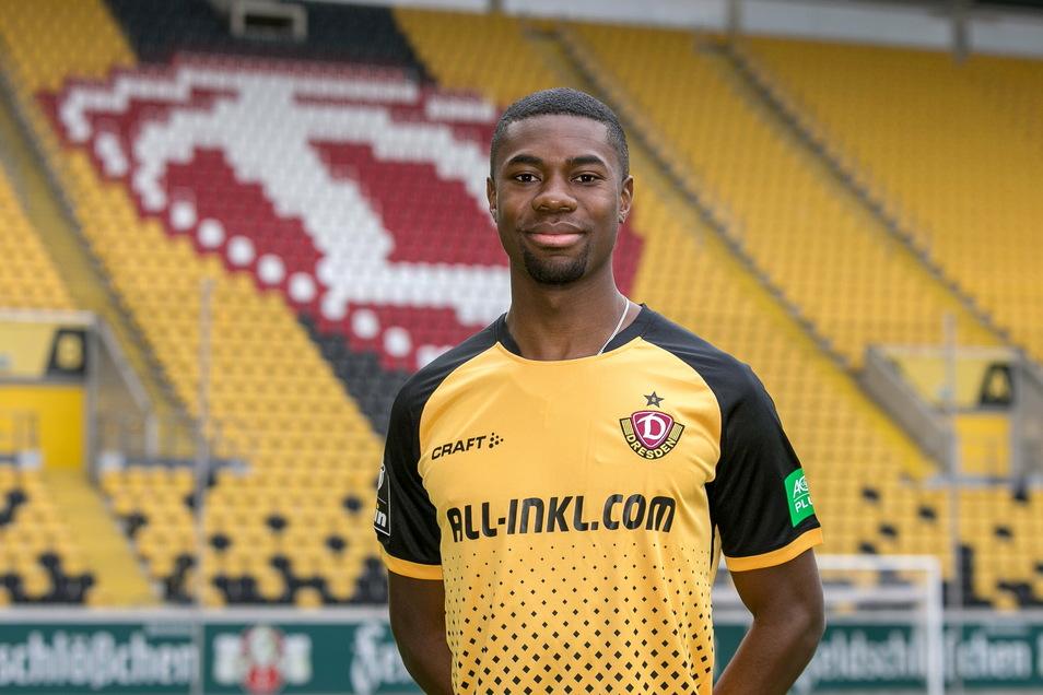 Dynamos Neuzugang Leroy Kwadwo wird mit der Rückennummer 3 auf dem Trikot auflaufen.