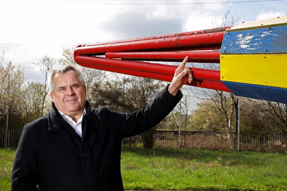 Holger Krüger weiß jetzt schon, dass der Tüv diese Raketenspitze mit den engen Rohrabständen nie und nimmer zulassen wird.