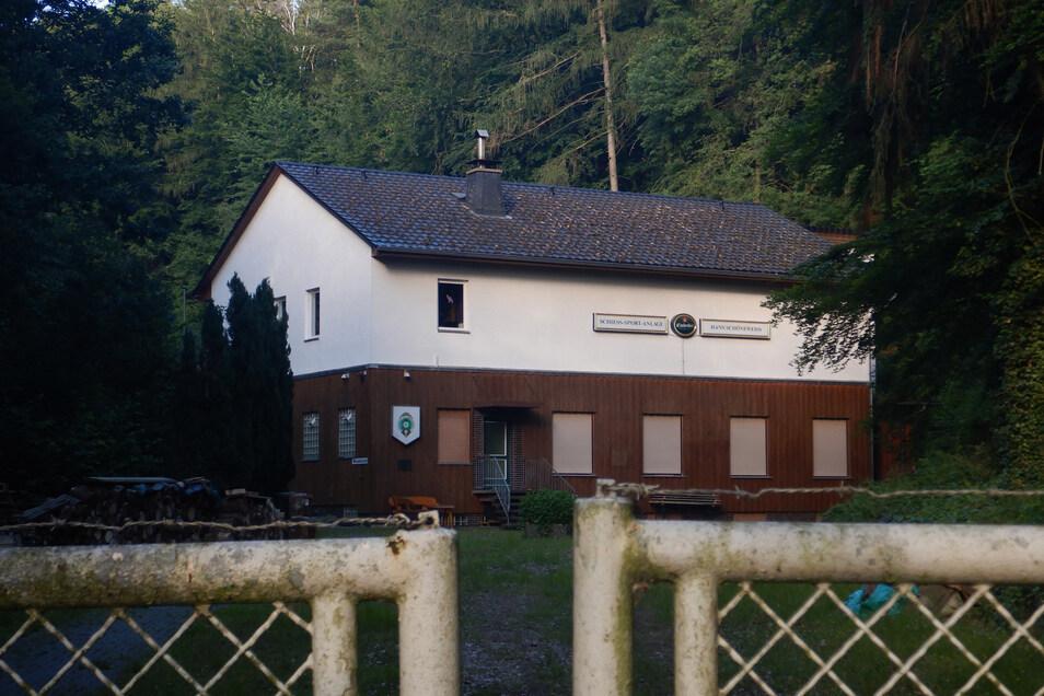 Das Haus des Schützenclubs 1952 Sandershausen e. V. am Stadtrand von Kassel.