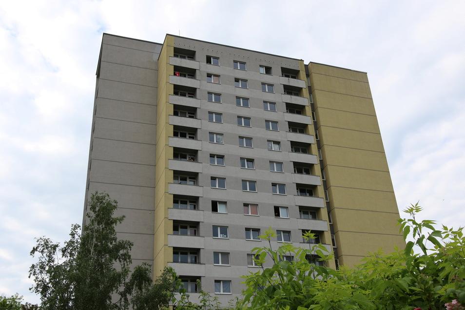 Im Quarantäne-Hochhaus an der Hildebrandstraße in Dresden besteht die Angst vor einer Ansteckung mit der Corona-Variante aus Indien weiterhin.