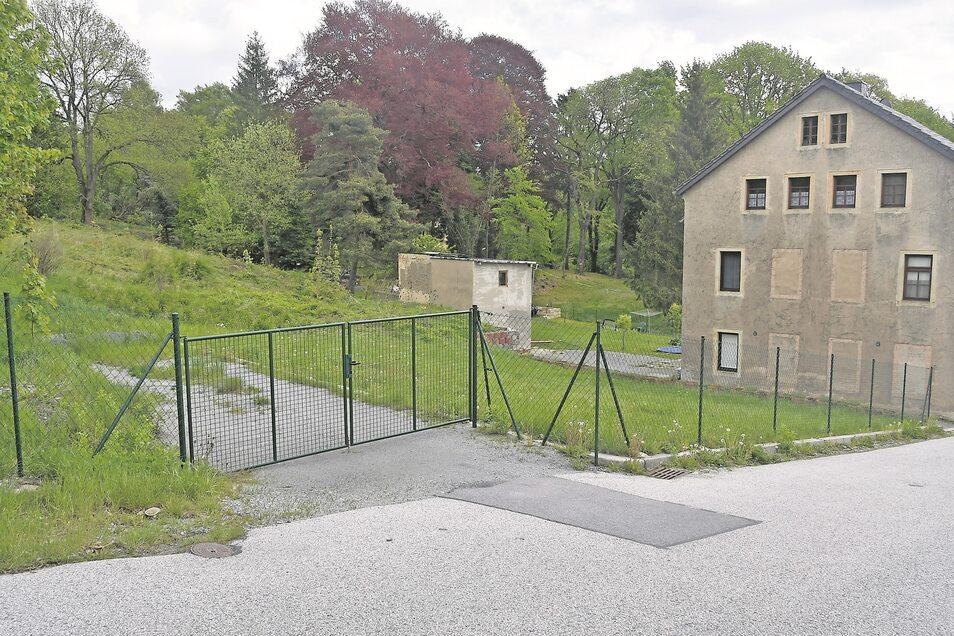 Auf dem Gelände Am Bahndamm 2-4 explodierten 2006 mehrere Häuser. Jetzt soll es wieder bebaut werden.
