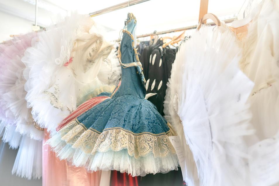 ... und Trikots für das Ballett.