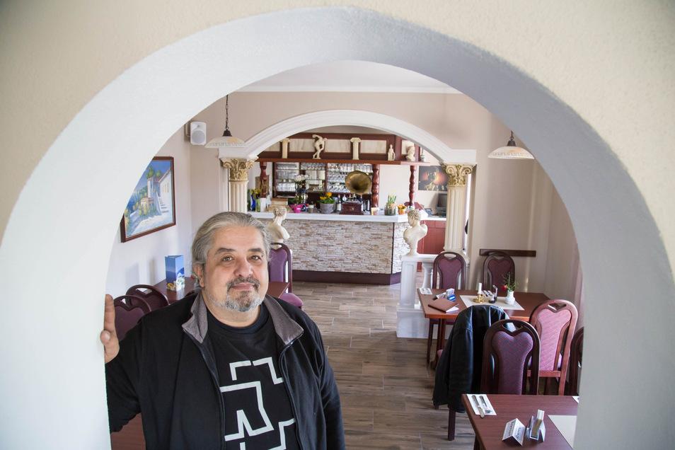 Ioannis Papakostas empfängt in seinem Restaurant Saloniki in Stannewisch auch weiterhin Gäste. Zwei Wochen Schließzeit waren krankheitsbedingt.