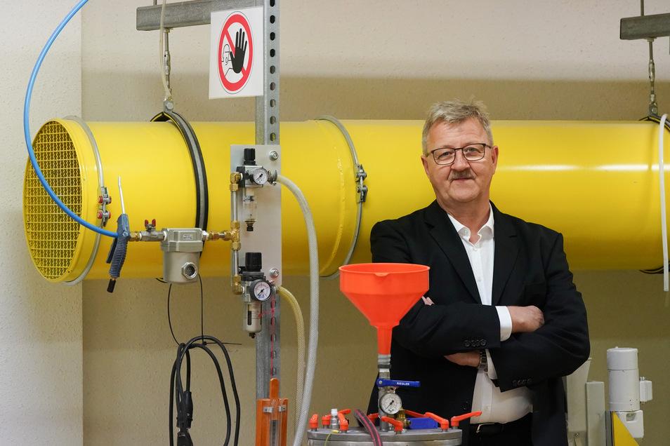 Er fing zu DDR-Zeiten als Praktikant im Betrieb an. Heute gehört Holger Födisch die Umweltmesstechnik-Firma, deren Geschäft im Wesentlichen auf seinen Ideen basiert.
