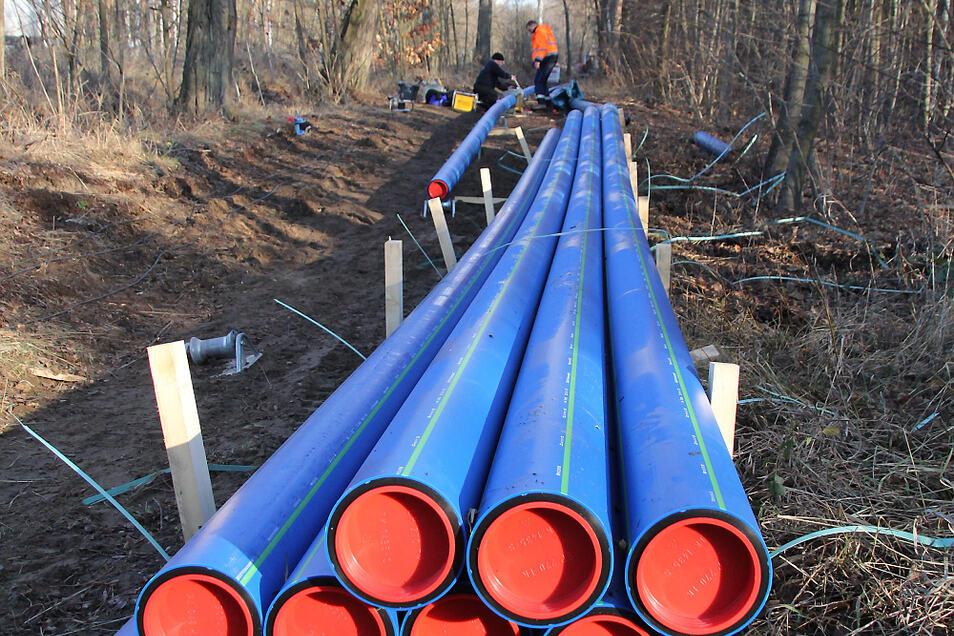 """Der Bau der Trinkwasserleitung zum Anschluss des Erlebnishofes """"Terra Nova"""" in der Elsterheide an das zentrale Netz war eine größere Investition des Trinkwasserzweckverbandes """"Kamenz"""" im letzten Jahr."""
