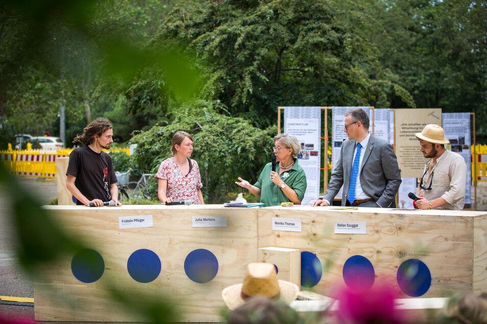Debatte zur Stadtplanung von morgen: Der Verein Konglomerat hat auf dem Neustädter Markt Stadtplaner und Kreative zusammengebracht.