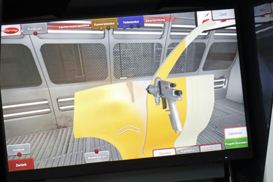 In der virtuellen Lackierkabine können unterschiedliche Aufgaben absolviert werden, hier soll beispielsweise eine Autotür lackiert werden.