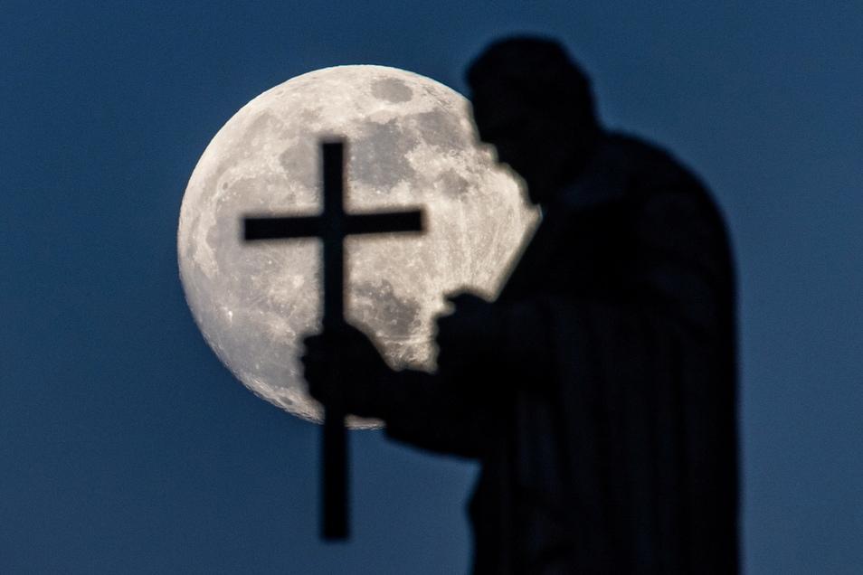 Seit 2010 wird die Katholische Kirche immer wieder von schweren Missbrauchsfällen erschüttert.