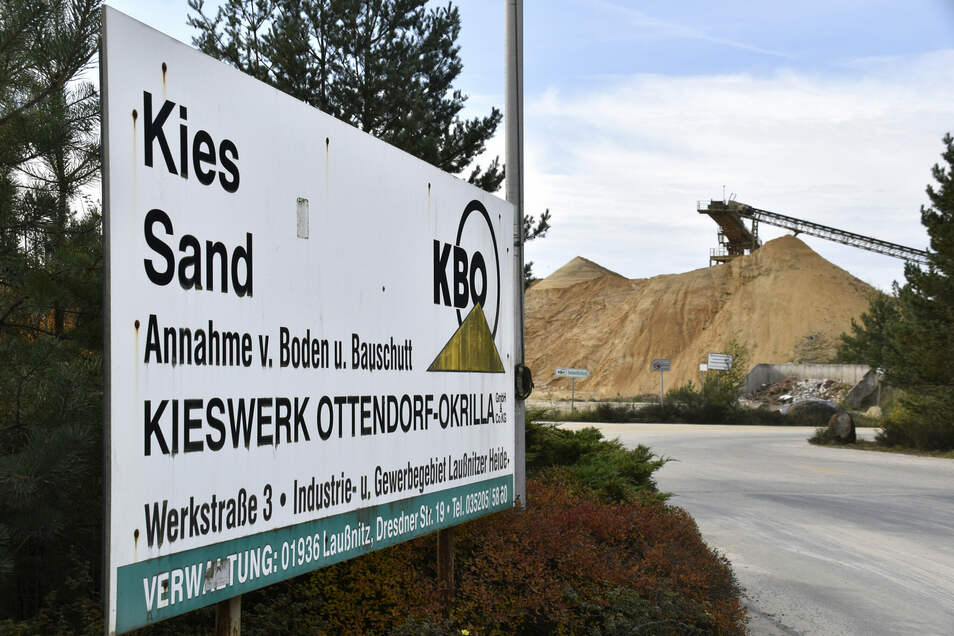 Um die Erweiterung des Kieswerkes Ottendorf-Okrilla gibt es Streit. Naturschützer haben jetzt Beschwerde bei der EU eingelegt.