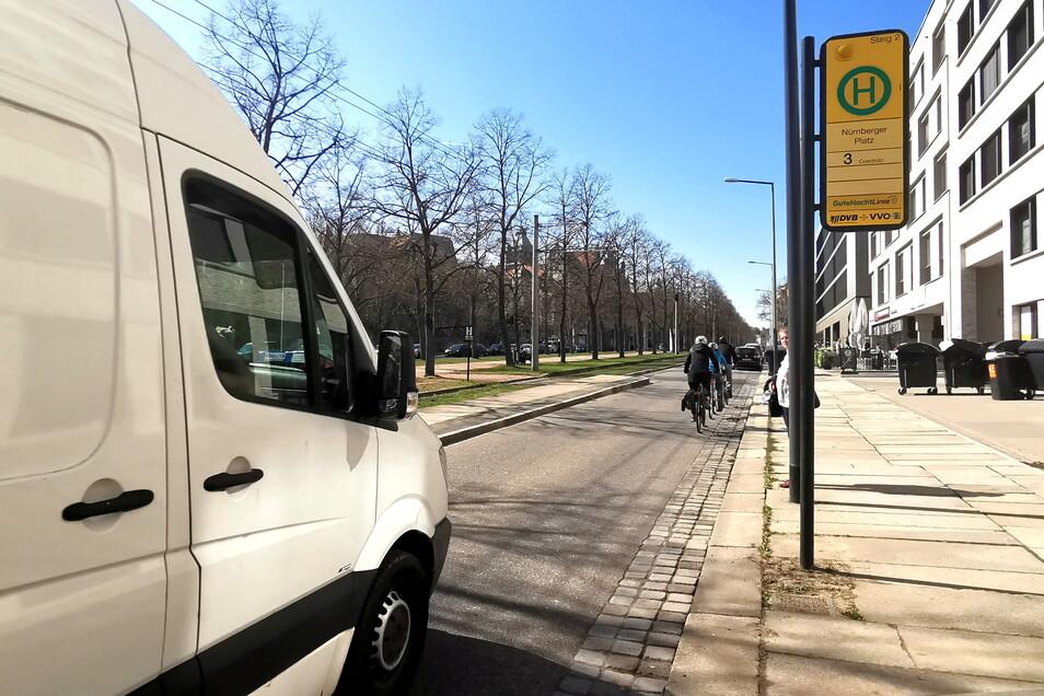 Auf der Münchner Straße in Dresden geht es an vielen Stellen eng zu, es kommt immer wieder zu Unfällen mit Rad- und Autofahrern sowie mit den Straßenbahnen.