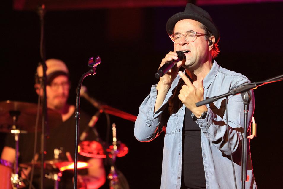 Musiker und Schauspieler Jan-Josef Liefers bei einem Auftritt.