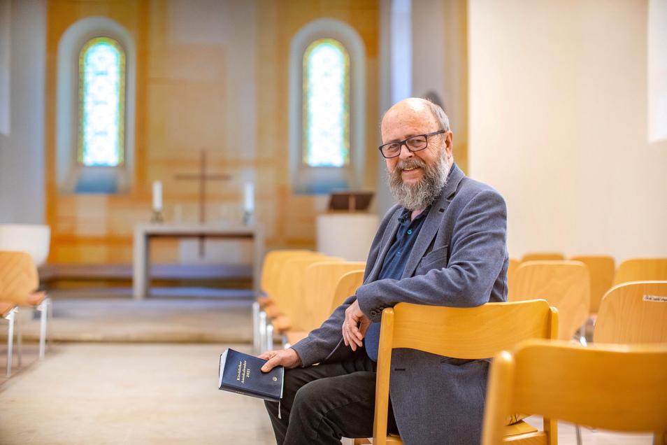 Pfarrer Heiner Sandig freut sich schon auf den ersten Gottesdienst in der neugestalteten Kirche.
