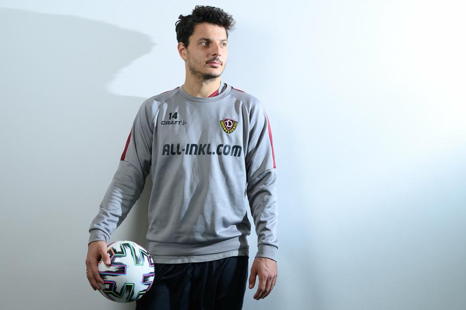 Philipp Hosiner ist 31 Jahre alt und Fußball-Profi bei Dynamo. Was sich so selbstverständlich anhört, ist es für den Österreicher nicht.