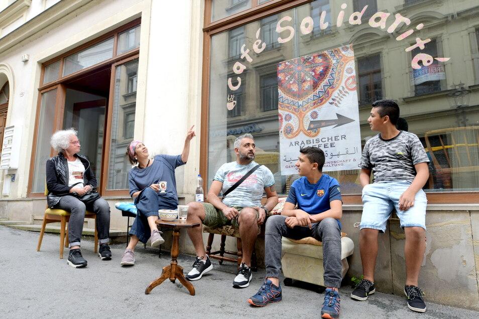 """Das neue """"Café Solidarité"""" in der Reichenberger Straße ist ein Treffpunkt des """"Augen auf""""-Vereins."""