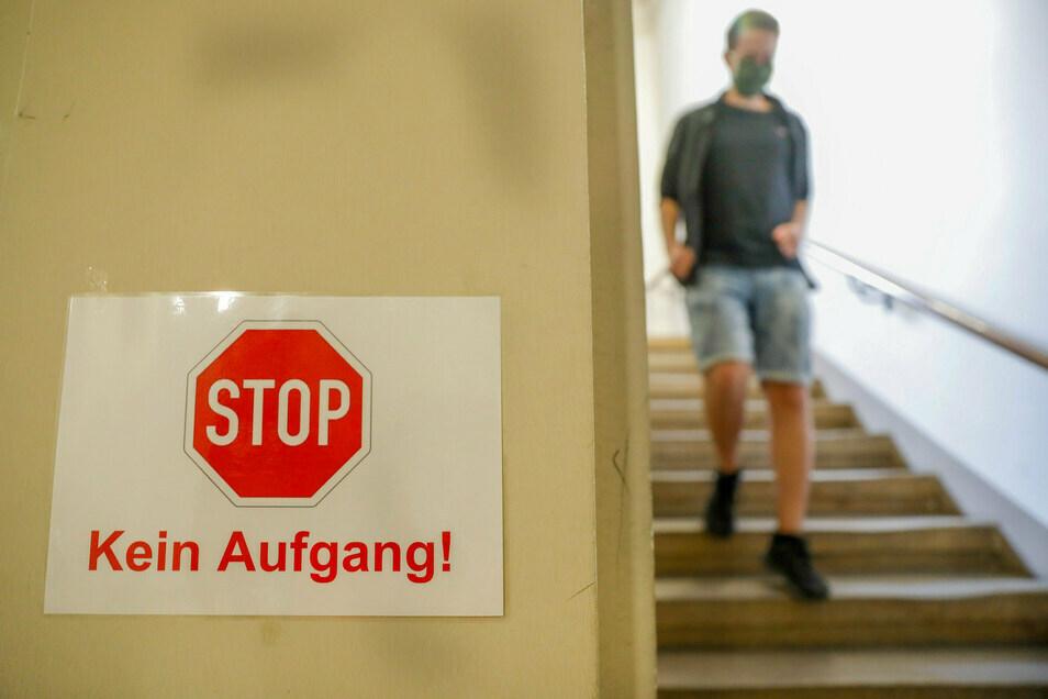 Stopp: Schüler und Lehrer aus Polen und Tschechien dürfen zurzeit nicht mehr in sächsische Schulen.