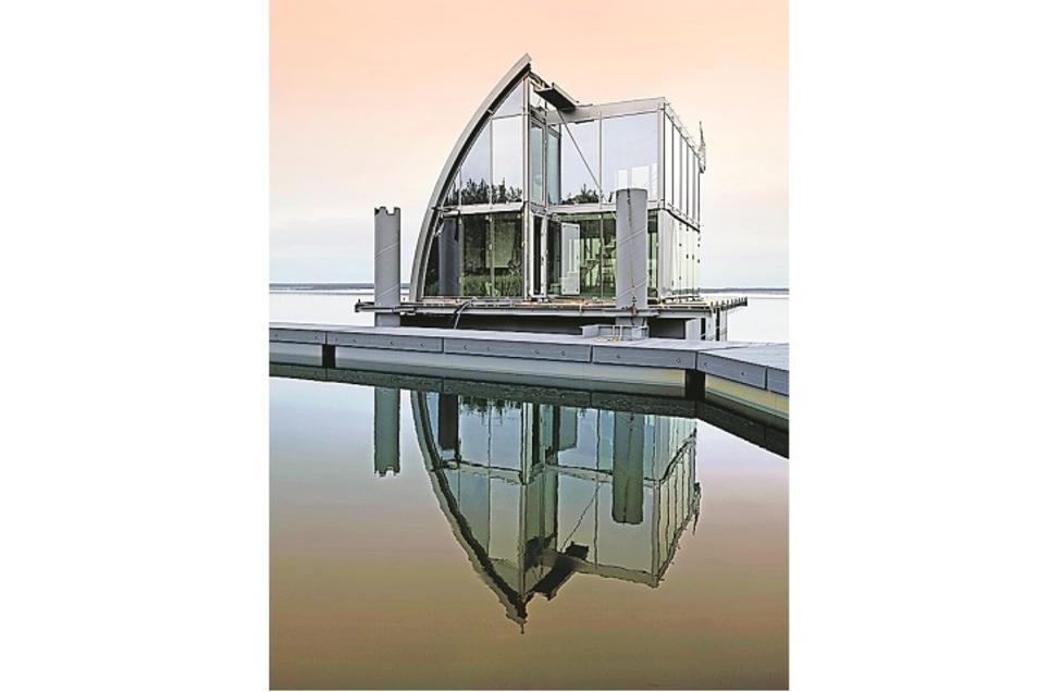 Dies war das erste schwimmende Haus auf dem Geierswalder See. Künftig ist so etwas auch als Modul- und Fertigbau denkbar.